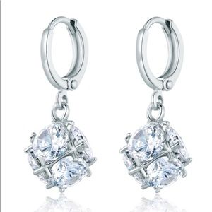CUBIC ZIRCONIA WHITE GOLD FILLED SETTING